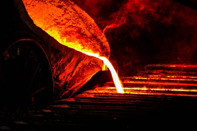iron_melt_furnace_metal_hot_fire_metallurgical_molten-700613.jpg!d